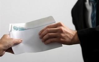 При увольнении работодатель имеет право не выдавать черную зарплату